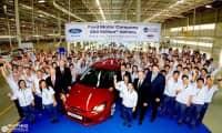 Ford là thương hiệu duy nhất đạt mức bán ra trên 2 triệu xe tại Mỹ trong năm 2012; Focus tiếp tục duy trì vị trí số 1 trong dòng xe bán chạy nhất toàn cầu trong năm nay
