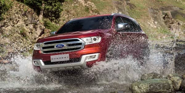 Ford Everest 2.2L 4x2 AT Titanium 2016
