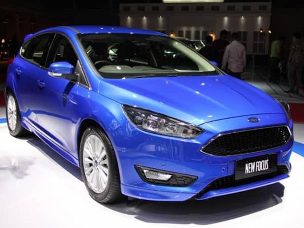 Ford Focus 1.6L Sport 5 cửa